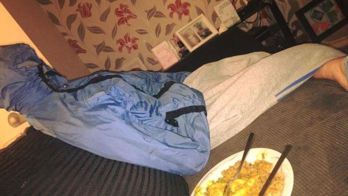Британка придумала хитрый план, чтобы провести бывшего бойфренда (5 фото)