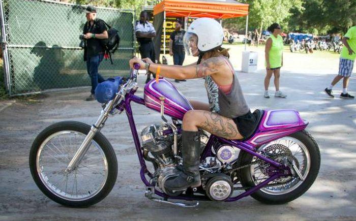 Русские девчонки на мотоциклах фотографии куни порно смотреть