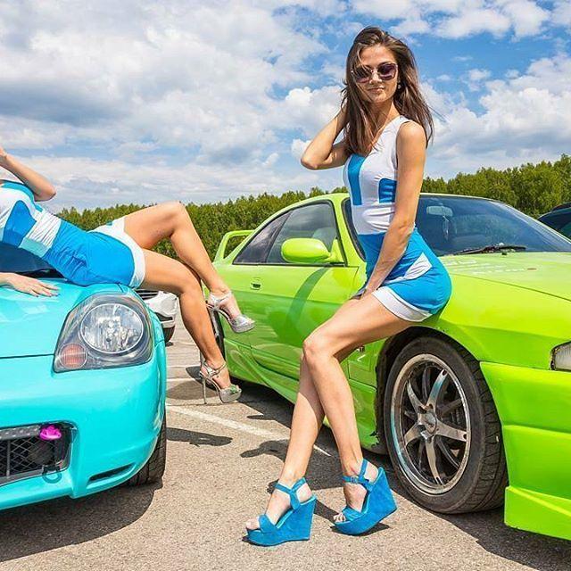 Очаровательные девушки гоночной трассы «Нижегородское кольцо» (53 фото)