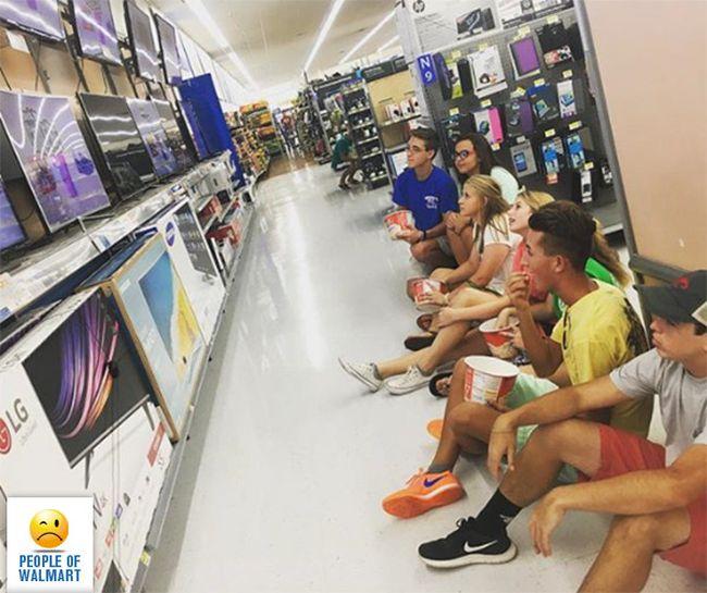 Смешные люди из супермаркетов. Часть 39 (39 фото)