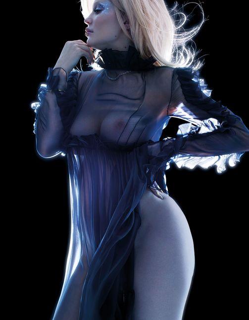 Кайли Дженнер впервые снялась в эротической фотосессии (6 фото)