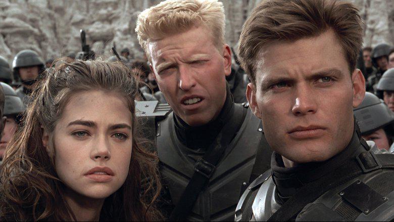 Актеры фильма «Звёздный десант» тогда и сейчас (18 фото)