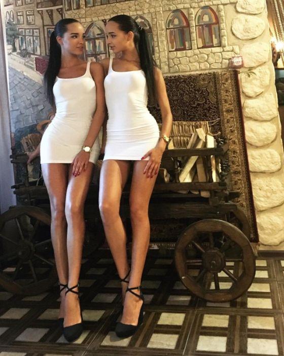 Сестры из Казани Аделина и Алена (41 фото)