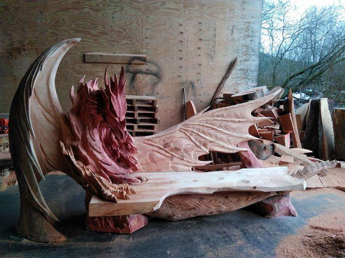 Скамейка в форме дракона (6 фото)