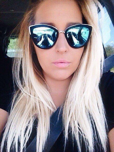 Девушки в солнцезащитных очках (40 фото)