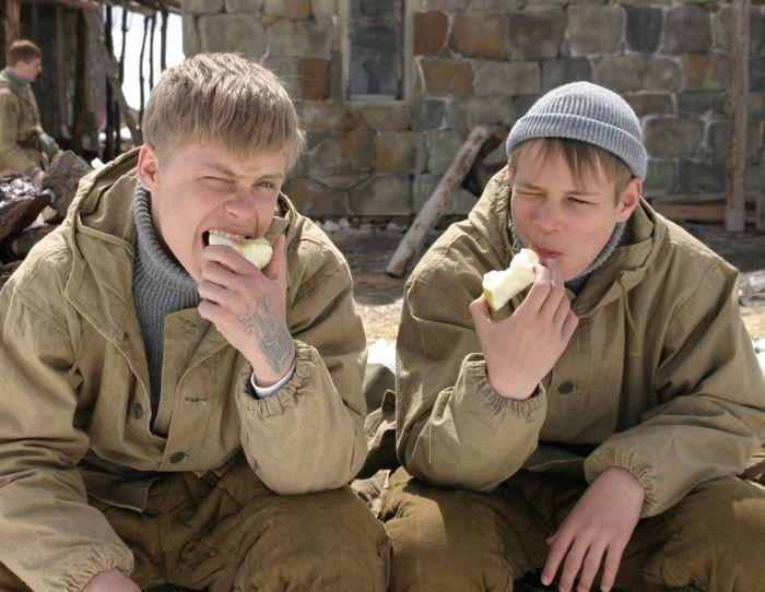 Актеры фильма «Сволочи» тогда и сейчас (14 фото)