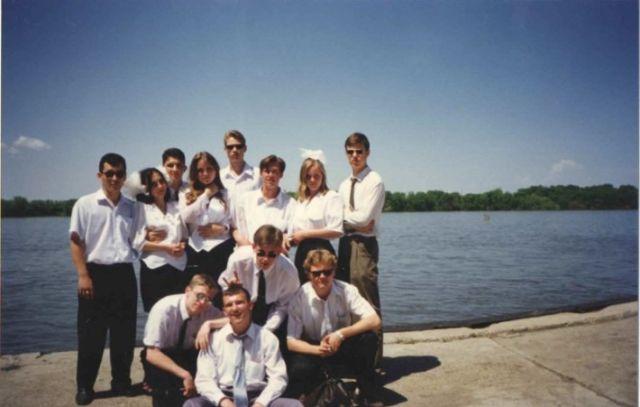 Житель Астрахани опубликовал свои колоритные фото из 90-х (20 фото)