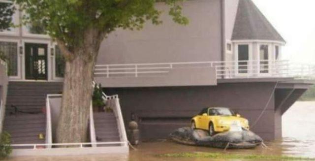 Спасение любимого автомобиля (2 фото)