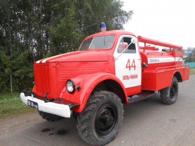 Пожарные села Яльчики восстановили автомобиль АЦУ-20 (10 фото)