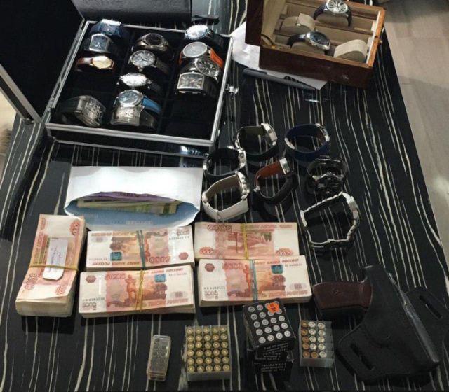 В доме замглавы ФСИН Олега Коршунова прошли обыски (2 фото)