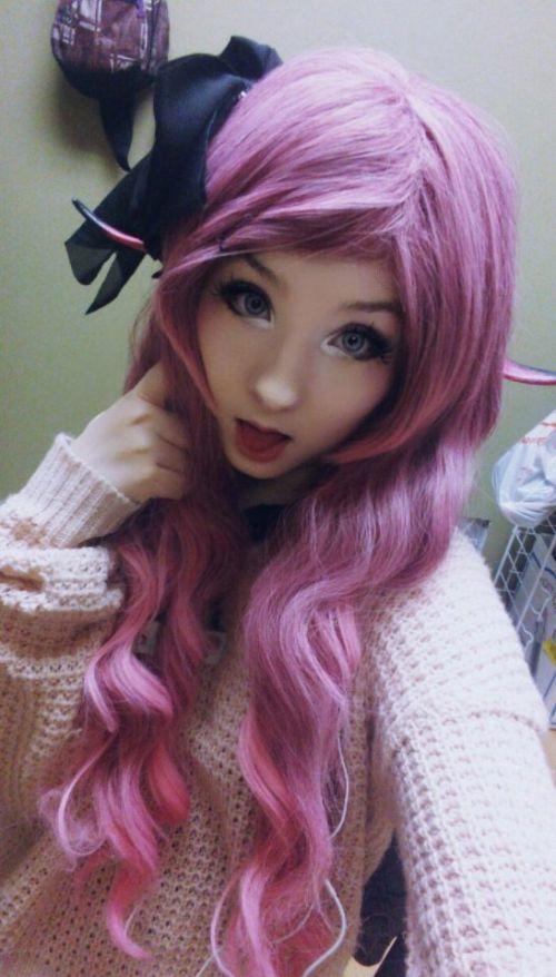 Амелия Буссин - живая кукла из Канады (11 фото)