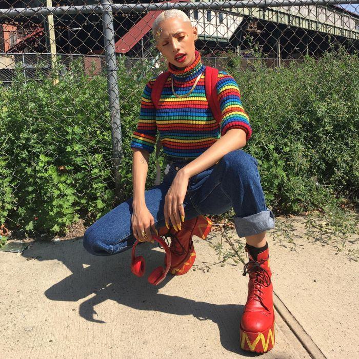 Эпатажная модель из Чикаго (26 фото)