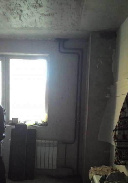 Когда поручил рабочим установить радиатор (2 фото)
