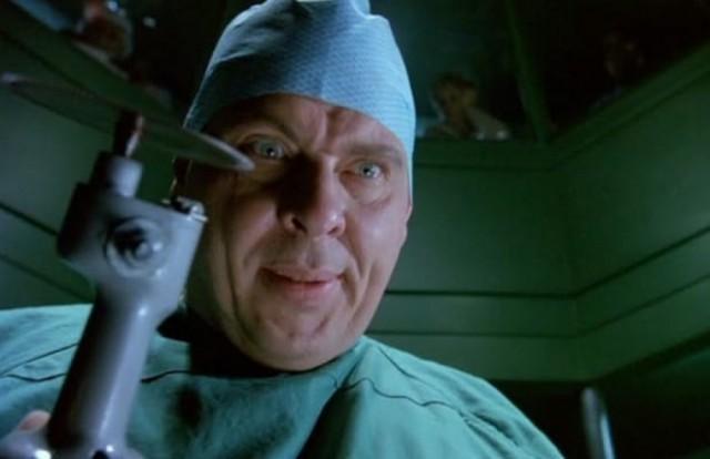 Нелепые персонажи из фильмов ужасов (25 фото)