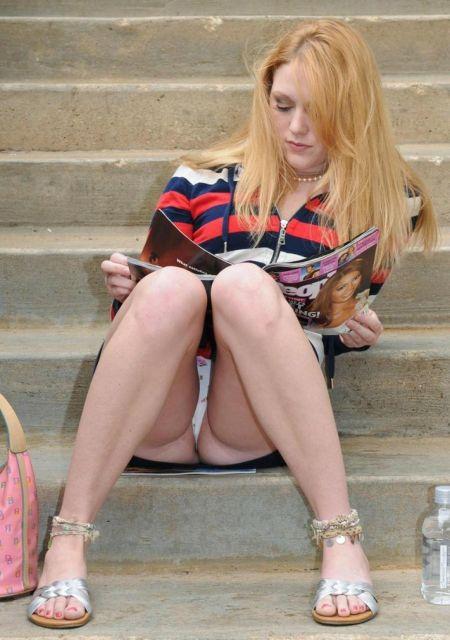 Случайные засветы женского нижнего белья (26 фото)