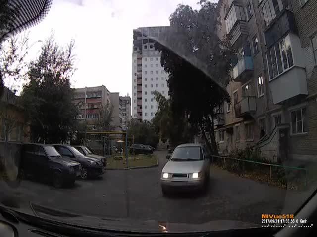 Яжемать и конфликт за парковочное место