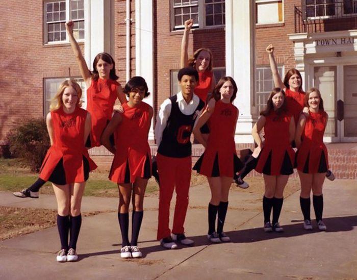 Американский чирлидинг в 70-е - 80-е годы (32 фото)