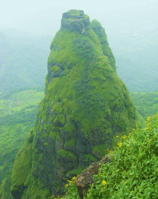 Форт Калавантин Дург - достопримечательность в окрестностях Мумбая (3 фото + видео)