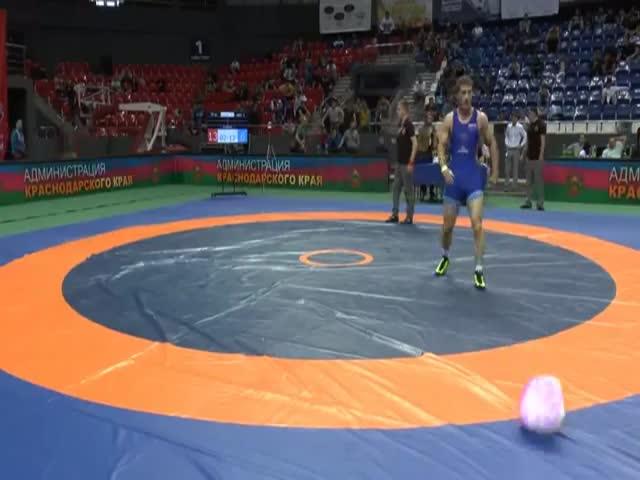 Драка на турнире памяти Бесика Кудухова в Краснодаре