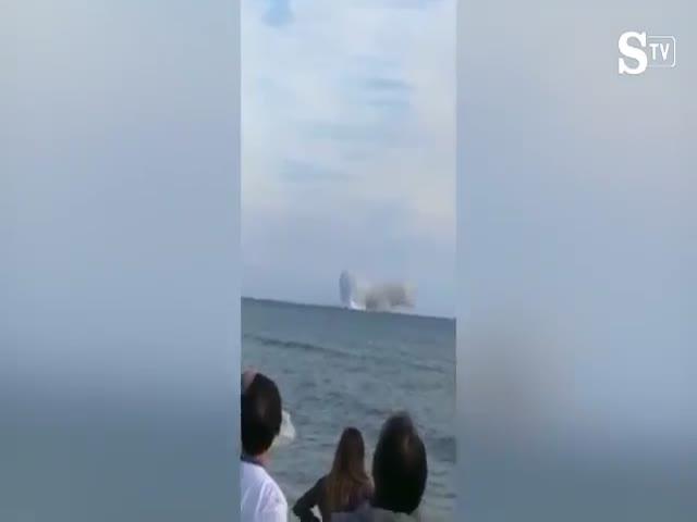 На авиашоу в Италии разбился самолет
