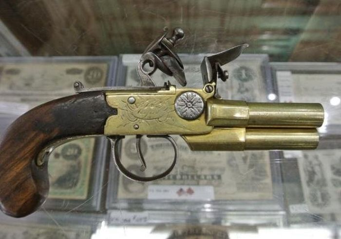 Странные примеры кремневого оружия (33 фото)