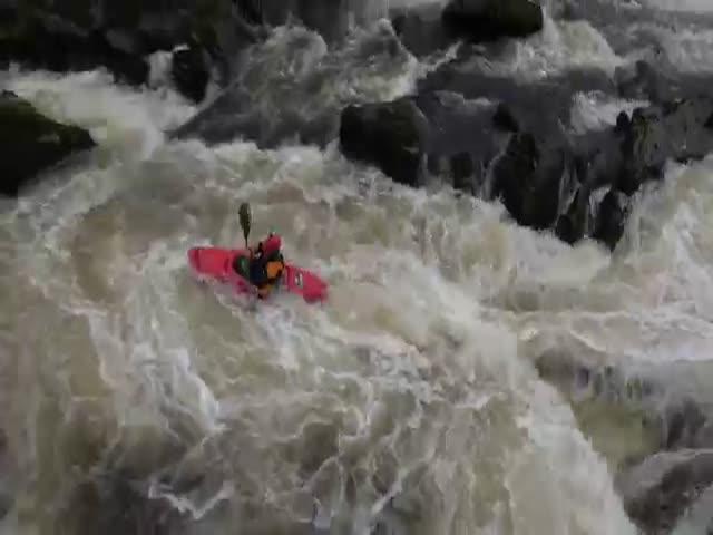 Опасный сплав по реке