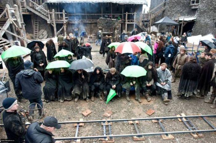 Развлечения актеров на съемочных площадках (30 фото)