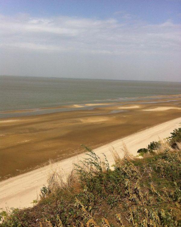 Азовское море сдает свои позиции (9 фото)