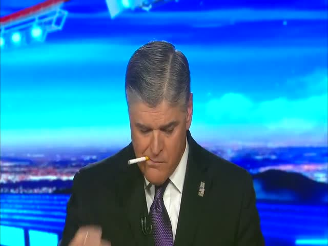Ведущий американского телевидения закурил в прямом эфире