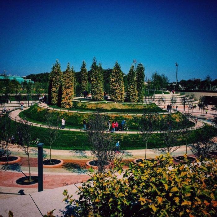 В Краснодаре открылся для посещения новый парк (24 фото)