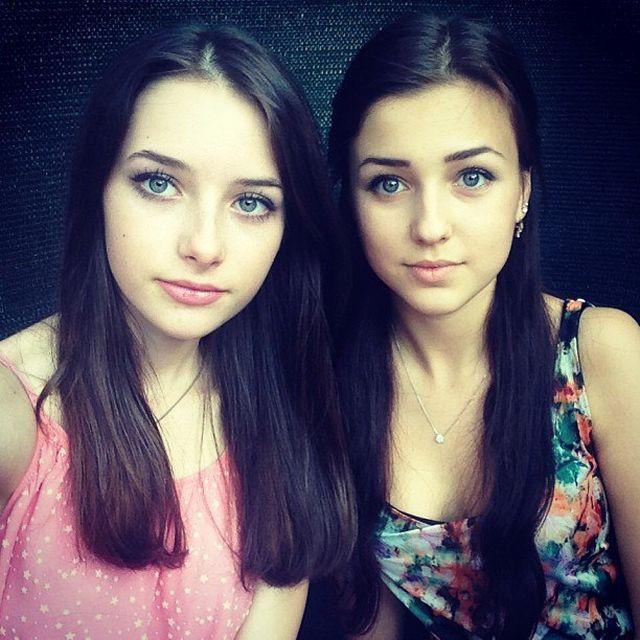 Симпатичные девушки (42 фото)
