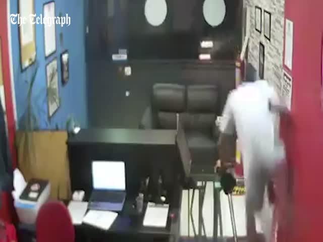 Ограбление школы боевых искусств в Бразилии