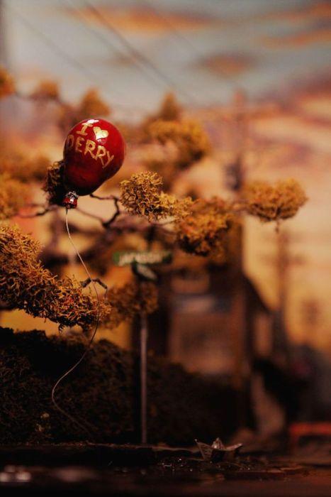 Диорама «Добро пожаловать в Дерри» по мотивам романа Стивена Кинга «Оно» (23 фото)