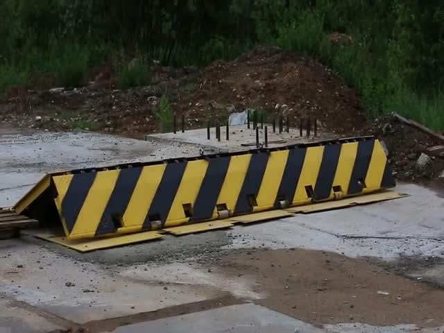 Противотаранный барьер
