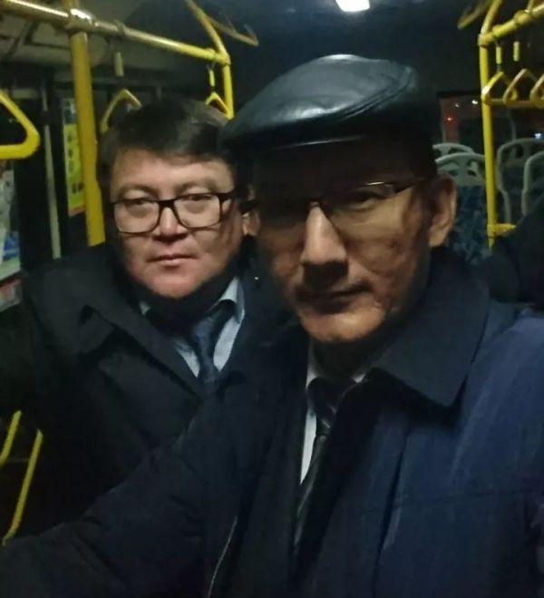 Глава Шымкента пересадил своих подчиненных на общественный транспорт (9 фото)