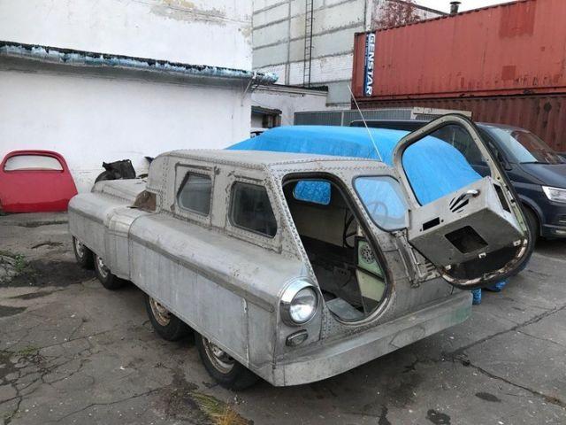 В Челябинске обнаружили советский вездеход 8х8 на базе «Победы» (4 фото)