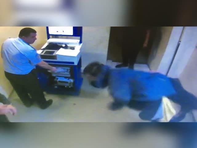 Драка в красноярском отделе полиции
