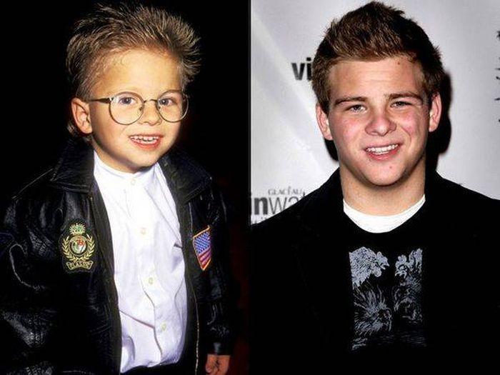 Любимые актеры в детстве и сейчас (23 фото)