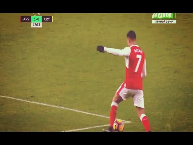 Гол Оливье Жиру в матче «Арсенал» - «Кристал Пэлас» стал лучшим голом года