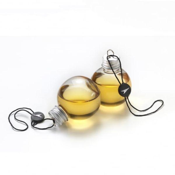 Необычные елочные игрушки, заполненные алкоголем (4 фото)
