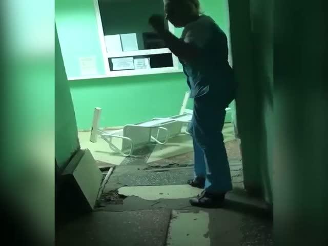 Пьяная медсестра омского травмпункта