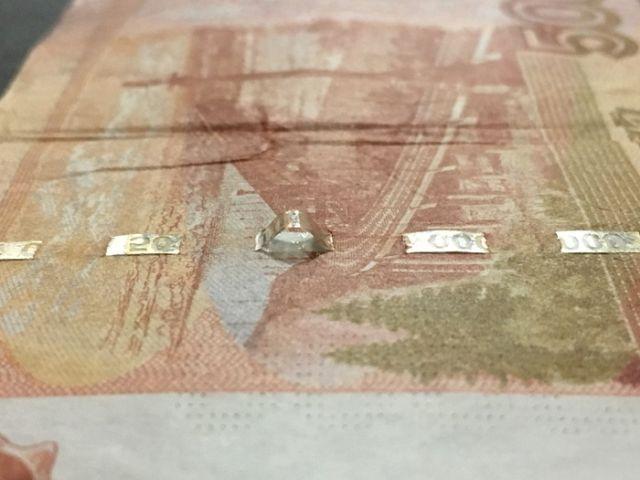 Фальшивая купюра достоинством в 5000 рублей (6 фото)