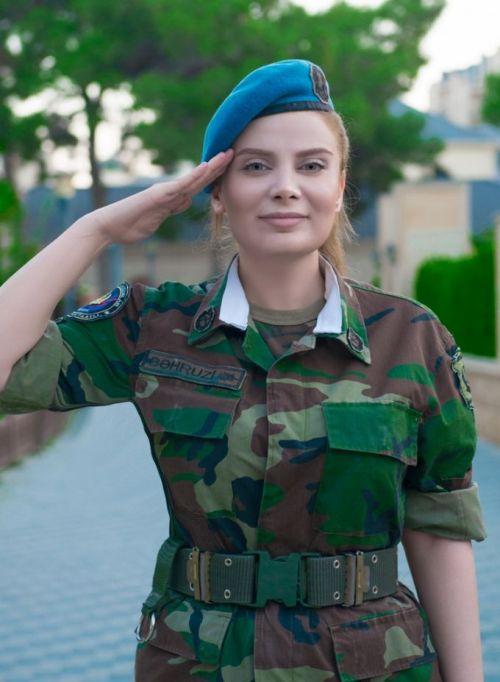 Военнослужащая спецназа Азербайджана Теграна Бахрузи снялась в откровенной фотосессии (6 фото)