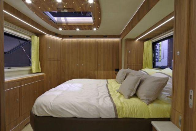 Volkner Mobil Performance S - дом на колесах за 1,7 млн долларов (9 фото)