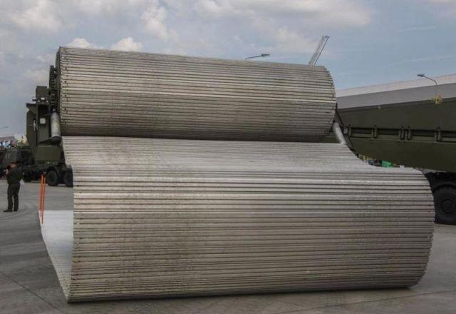 Комплекс временных дорог на базе грузовика КамАЗ (3 фото + видео)
