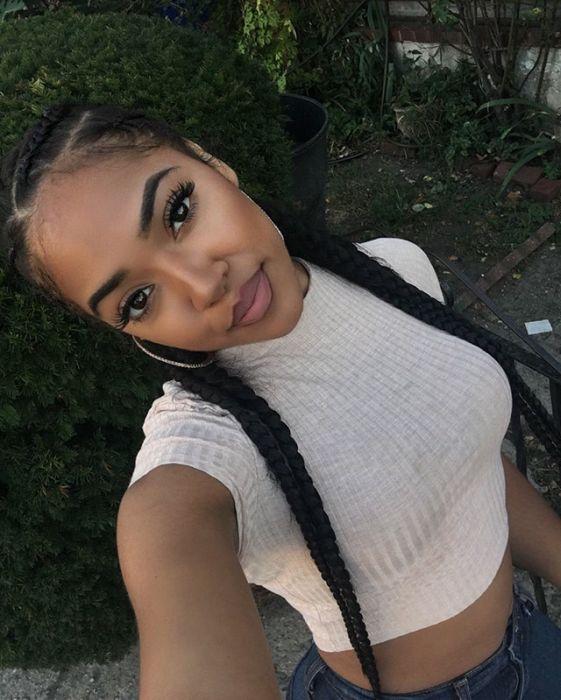 Милые темнокожие девушки (22 фото)
