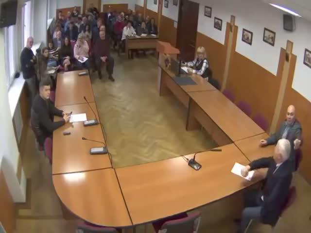 «Хы место»: Украинский чиновник опозорился незнанием римских цифр