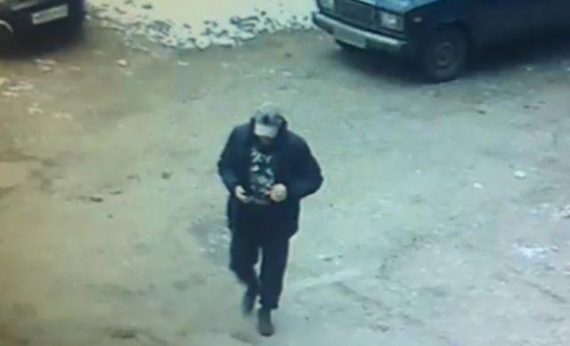 В Кирове ограбили ювелирный магазин, проделав дыру из подвала (2 фото)