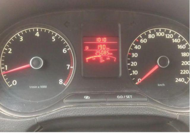 Как перепродают битые автомобили (7 фото)