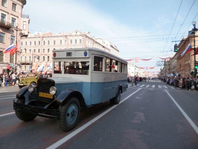 Восстановление автобуса ЗИС-8 1935 года выпуска (24 фото)